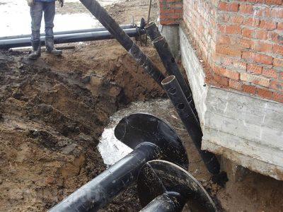 Завод винтовых свай АС-ВинтБур предлагает усиление фундамента в Новосибирске. Винтовой фундамент недорого.